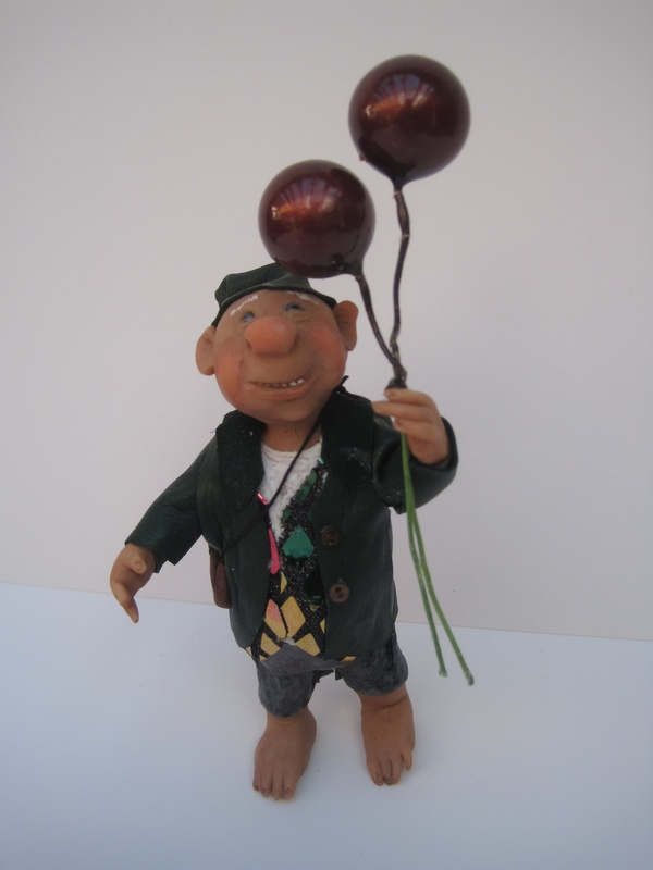 balloon loving gnome